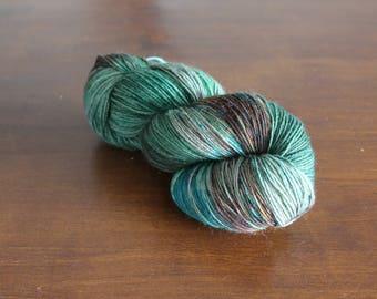 Handdyed yarn, sock yarn, fingering weight, yarn, socksanity, socksanity medusa, green yarn, blue yarn