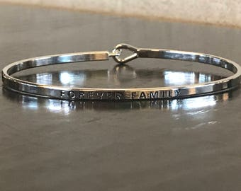 The inspired bangle ( forever family )