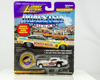 Johnny Lightning Dragsters USA Limited Edition Wildman 1/64 Diecast