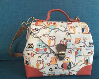 Unique Handmade OWLS purse comes with vegan leather strap.