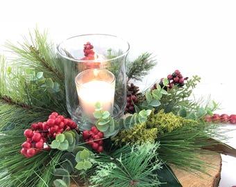 Christmas Centerpiece | Holiday centerpiece | Christmas Floral Arrangement | Log Centerpiece