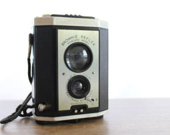 Brownie Reflex Sychro Model // Vintage Camera