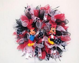 Mickey & Minnie Mouse Wreath, Deco Mesh Mickey Mouse Wreath, Minnie Mouse Deco Mesh Wreath , Mickey Mouse and Minnie Mouse Deco Mesh Wreath