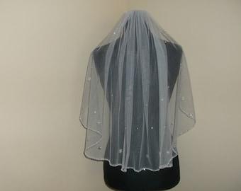 White 1 Tier Silver/Rhinestone Beaded Wedding Veil