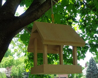 Rough Cedar Bird Feeders