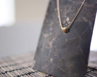 Gold Heart Necklace - Minimalist Jewelry - Love Necklace - Golden Heart Necklace - Dainty Chain Necklace - Heart Charm