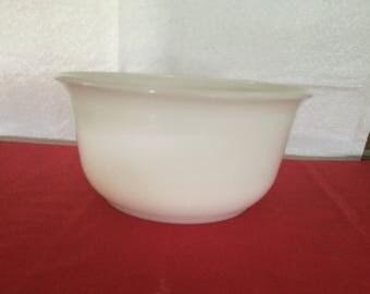 Vintage  G.E. large mixing bowl.