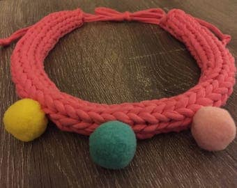 Knitted coral pink cotton jersey necklace