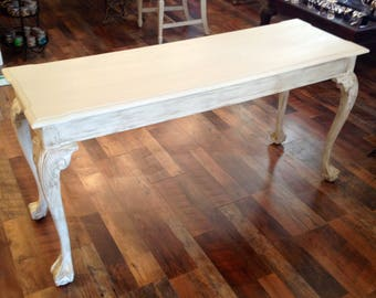 Beautiful vintage off cream white shabby chic Hall / Sofa Table