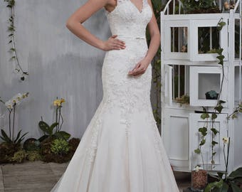 Wedding dress wedding dress bridal gown TATYANA mermaid dress Mermaid of pompous ivory powder