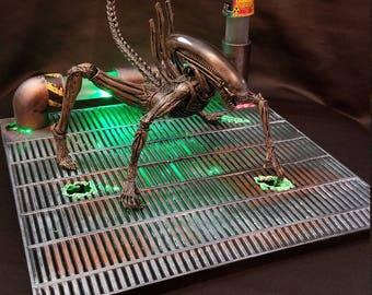 Xenowerx Large Alien Diorama Stand AVP Requiem Predator Xenomorph