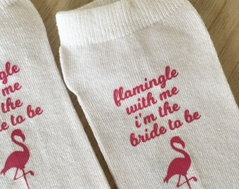 socks, bride socks, bride, flamingo, party, gift, pink, women socks, socks voor her, bachelorette party, sock text, socks quote, bride to be