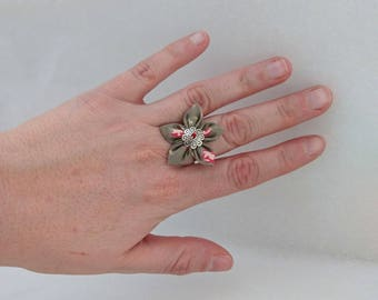Floral fabric adjustable flower ring