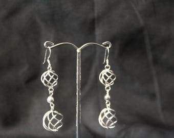 Handcrafted Artisan Jewelry, Silver Jewelry, Laos Jewelry, Chained Balls