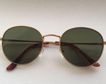 Round 80's sunglasses