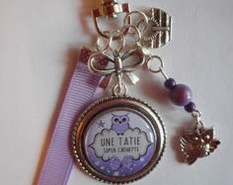 """Bag charm, door keys/AUNTIE / """"OWL great Auntie"""" / year end gift/party / thanks/Christmas/birthday"""