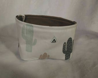 Pouch for wipes, cactus pattern