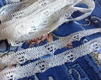 Antique bobbin edge lace, handmade