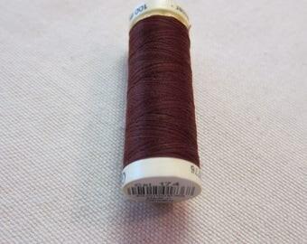 Sewing thread Brown n 174 Gütermann 100% polyester