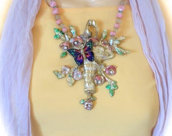 Baroque spring Butterfly Necklace