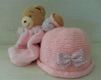 Pale pink wool 6-9 months Hat embellished with a coordinated lyberty bow