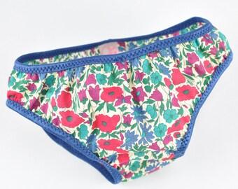 Girl Liberty Poppy and Daisy duck elastic blue panties