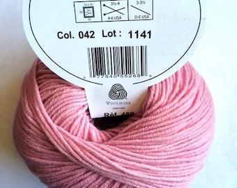 Wool pink WOOLLY of DMC colors 042