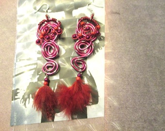 Earrings feather and swirl