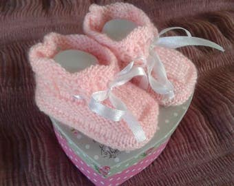 candy pink booties size 3 to 6 months