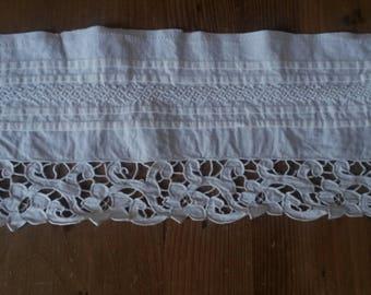 Vintage ecru cotton lace / embroidery Richelieu