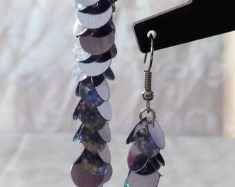 Small earrings glitter 7.5 cm