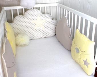 tour de lit b b en 60cm large nuages 5 coussins ton gris. Black Bedroom Furniture Sets. Home Design Ideas