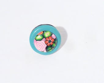 Cabochon ring ° red flower in blue and pink polymer clay flowers