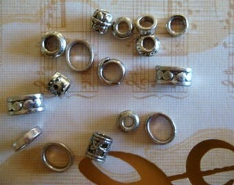 SET OF 16 METAL BEADS