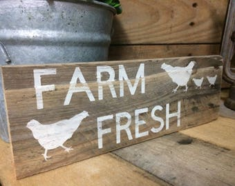 Farm Fresh Sign, Farmhouse Sign, Rustic Decor, Kitchen, Wood sign, Pallet wood