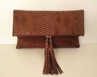 Maxi clutch with dragon and suede Brown caramel leather flap