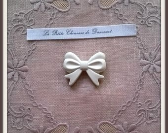 Plaster decorative ribbon bow