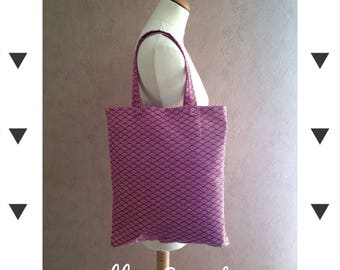 Red and white geometric bag