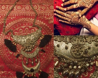 ethnic gold necklace