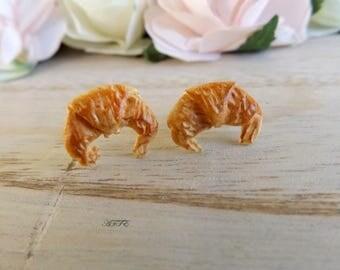 Stud earrings butter croissant
