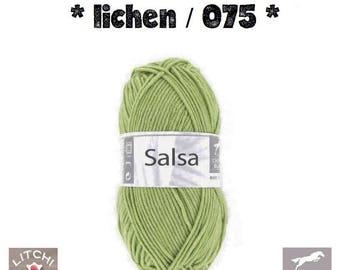 White, green lichen 075 horse Salsa ball