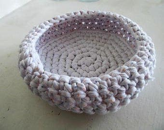 pretty white basket in cotton elastane