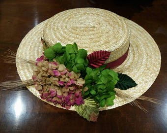 Boater straw flowers