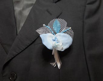 Blue wedding boutonniere