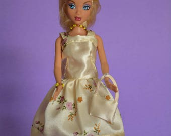 Short dress in pale yellow satin (B140)