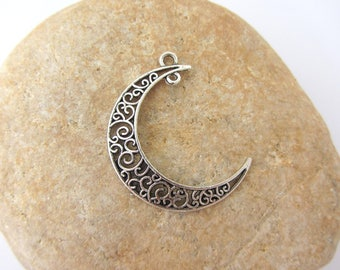 Set of 2 charms plus Moon silver