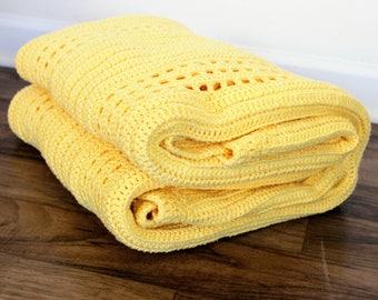 Rib and Mesh Crochet Blanket