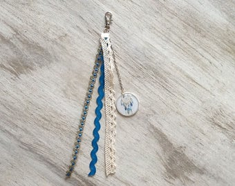 """Key ring / jewelry bag. """"dream catcher"""" turquoise blue and ecru"""