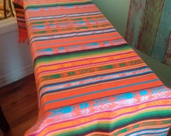 Table runner in colors to choose from machine washable cotton