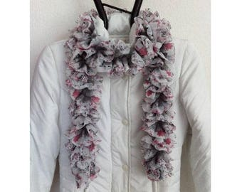 Acrylic and polyester scarf knit by BAGART